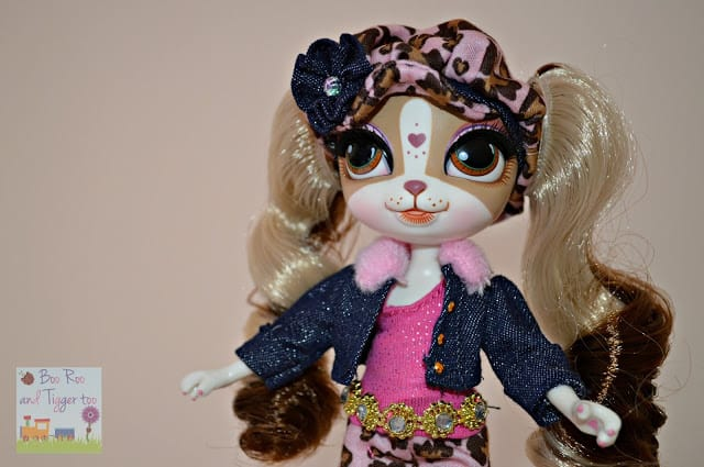 Pinkie Cooper deluxe travel collection doll Beverley Hills