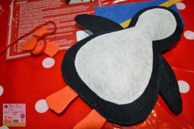 Hobbycraft Make Your Own Felt Penguin Decoration Kit