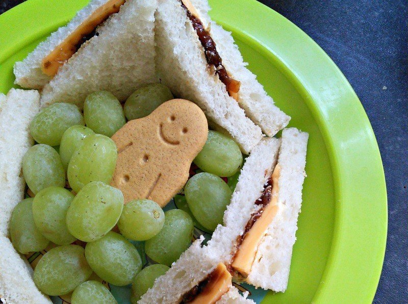 Kingsmill Great White - Cheese and pickle
