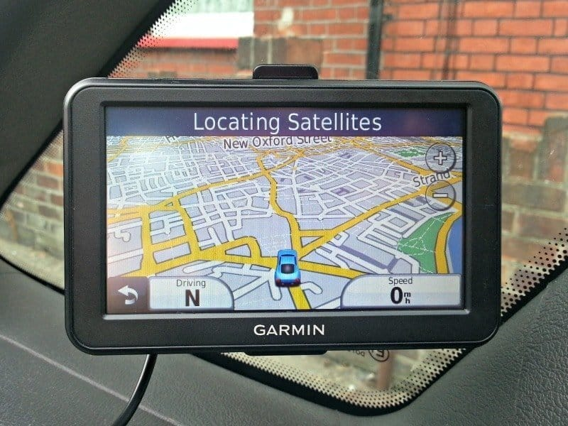 Garmin Nuvi 50 - Locating Satellites