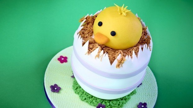 Hatching Chick Cake