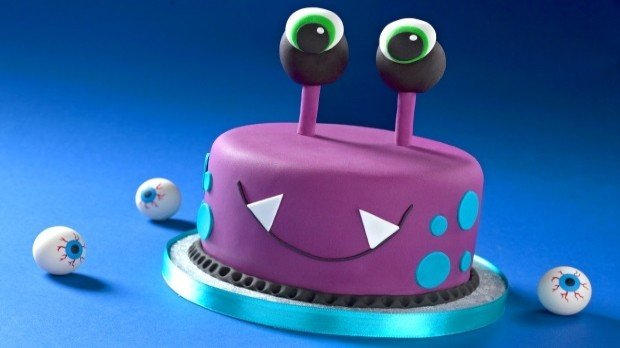 Ready Roll Icing Cake Decoration Bee