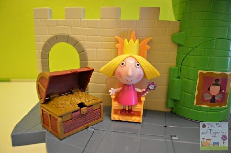 Ben and Holly Thistle Castle Playset - Floating Throne