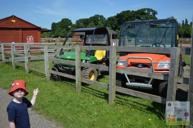 Redwings - Tigger Tractors