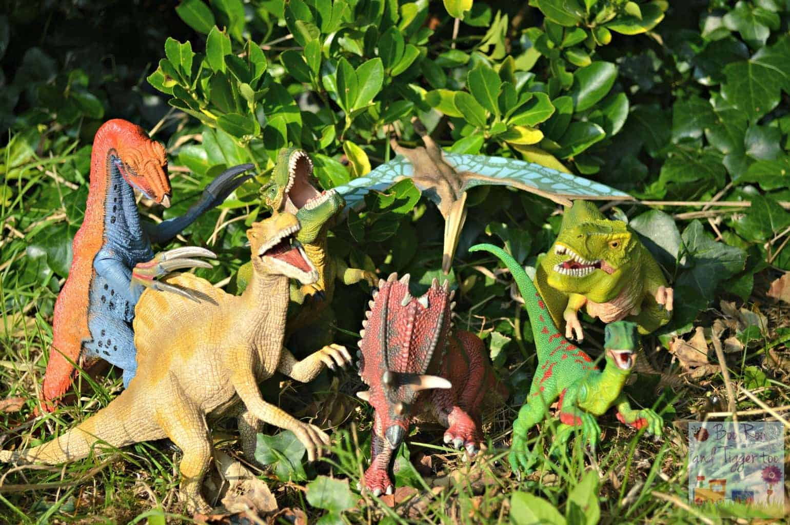 Schleich Dinosaurs {Review}