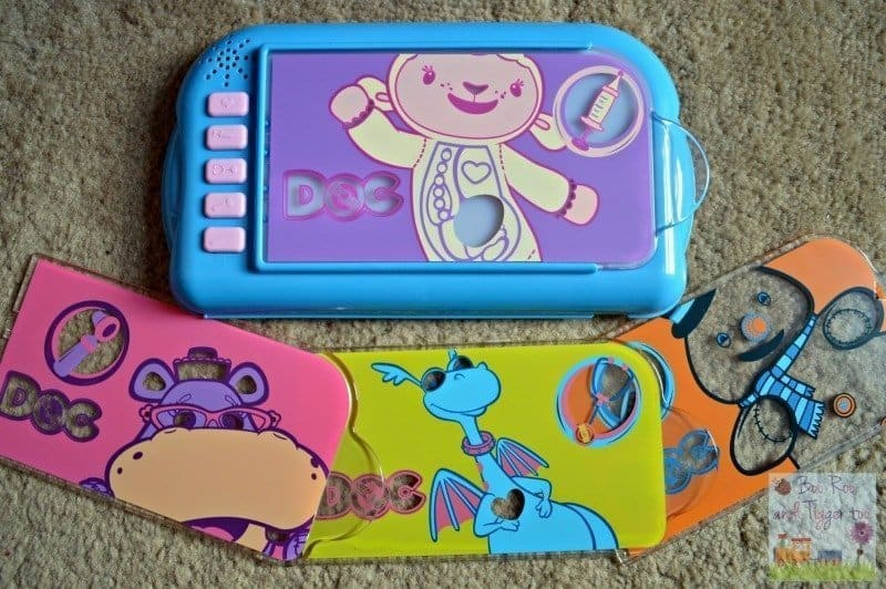 Doc McStuffins Carry Along Clinic Playset - Interactive panel