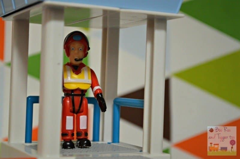 Fireman Sam Ocean Rescue Playset - Tower lift