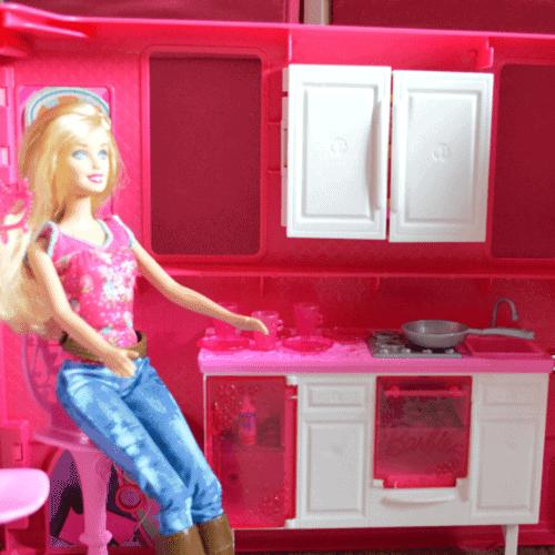 Barbie Glam Kitchen Set: Barbie Glam Camper {Review}