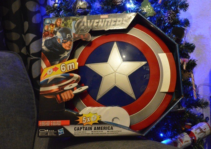 Captain America Avengers Attack Shield