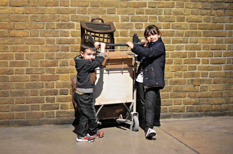 Hogwarts Express Platform 9 ¾ Trolley