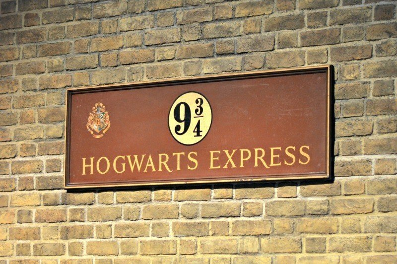 Hogwarts Express Platform Sign