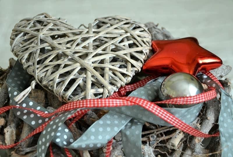 christmas-decoration-490860_1280