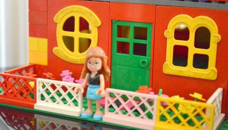 Lego Dream Homes - Nanny's garden