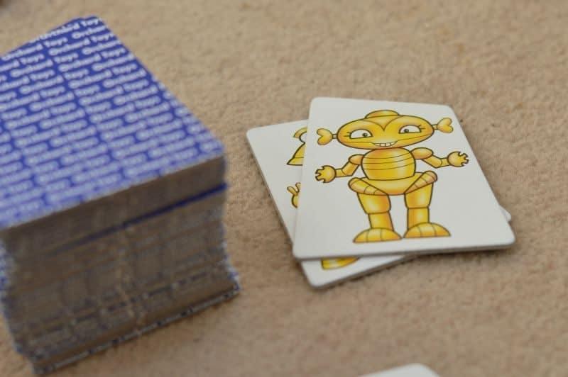 Orchard Toys Robot Run - Matching robots