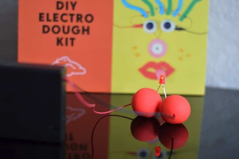 Technology Will Save Us - DIY electro dough kit LED