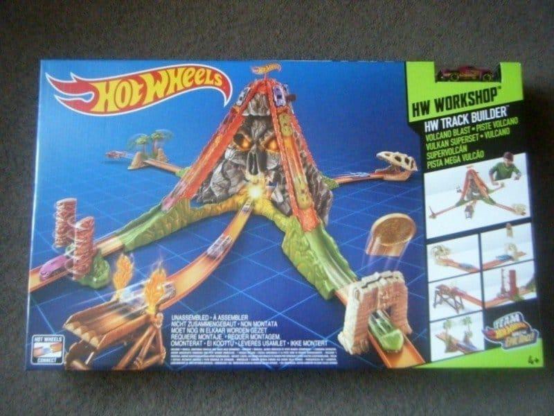 Hot Wheels Volcano Blast #ToyTuesday
