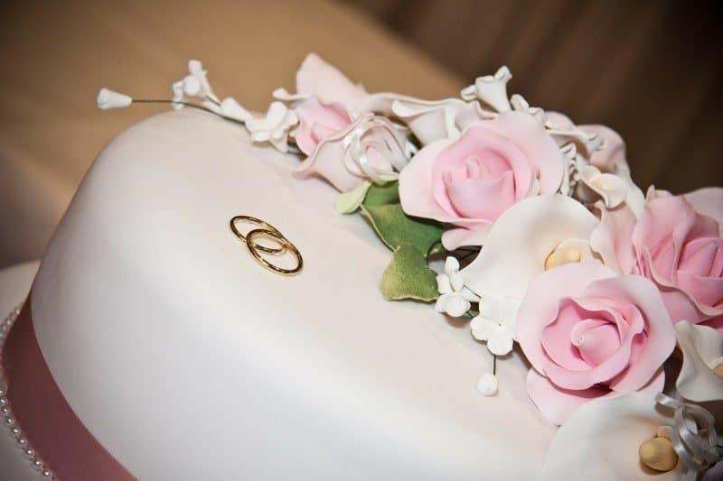 cake-16887_1280