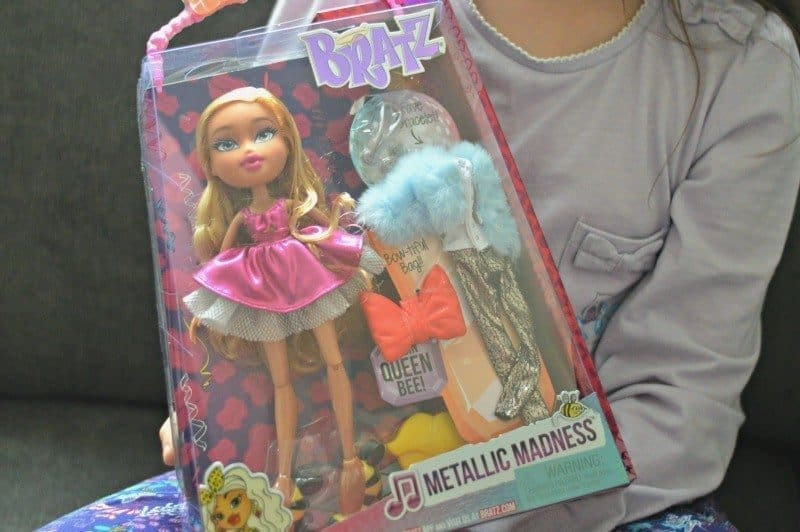 Bratz metallic madness - Raya
