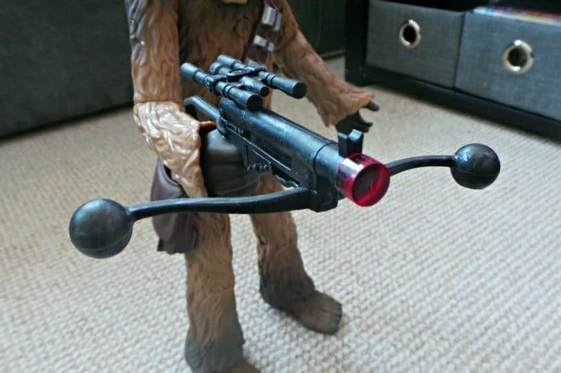 Star Wars The Force Awakens Chewbacca Talking Action Figure - Light up crossbow