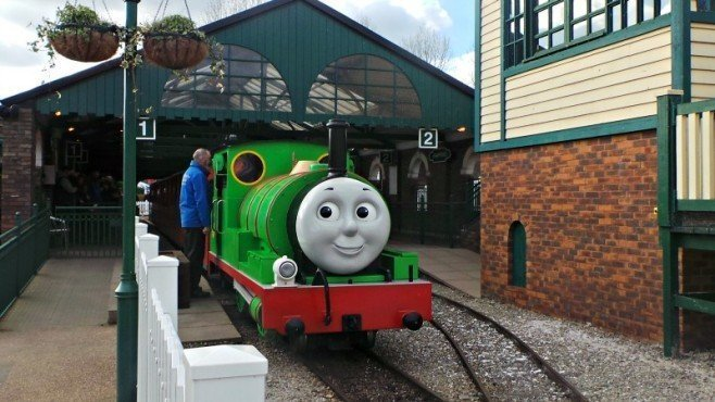 Drayton Manor Thomas Land - Thomas, Rosie and Percy Engine Tours