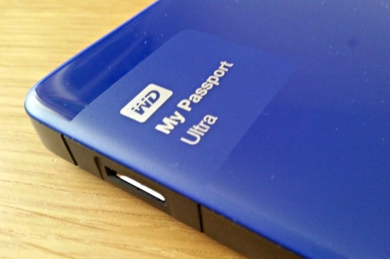 WD My Passport Ultra - Close up