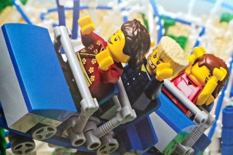 Brick Wheels Amazing Air, Land & Sea Machines to Build from LEGO - Rollercoaster