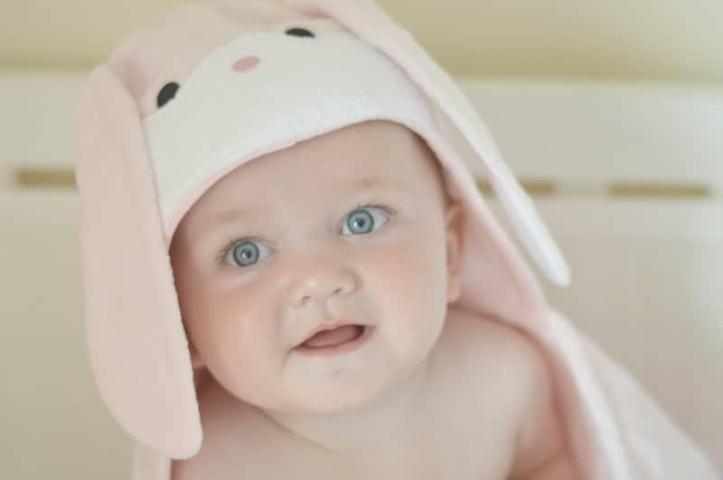 Bathing Bunnies Baby Towel - Piglet