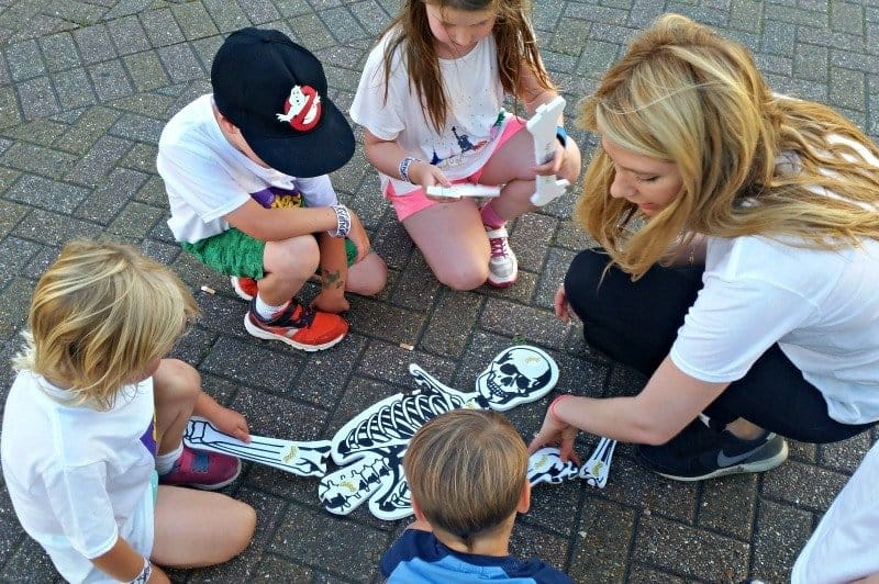 Frubes Sleepover - Skeleton Building