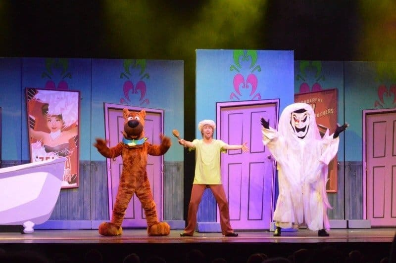 Scooby Doo Live - Scooby, Shaggy and Ghost