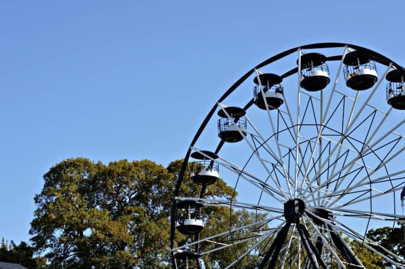 drayton-manor-summer-sizzle-big-wheel