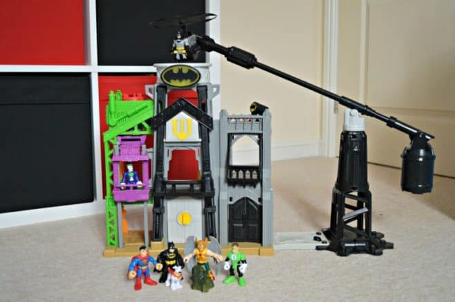 fisher-price-imaginext-super-flight-gotham-city