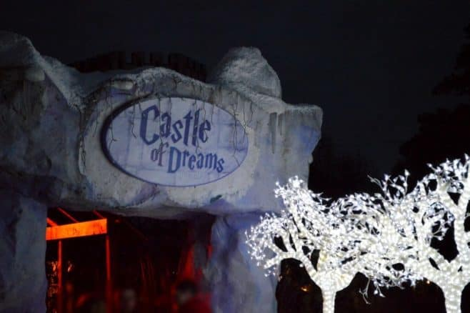 drayton-manor-magical-christmas-castle-of-dreams