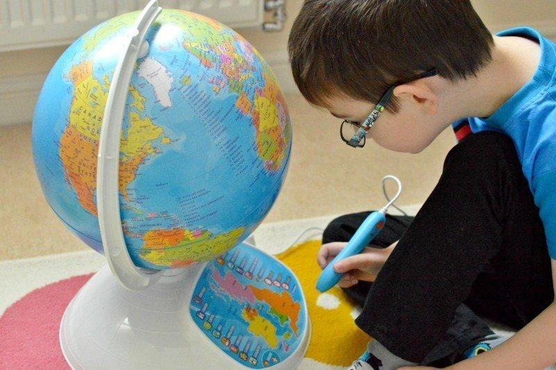 Clementoni Explore The World Interactive Globe - Tigger