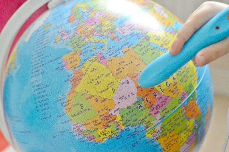 Clementoni Explore The World Interactive Globe