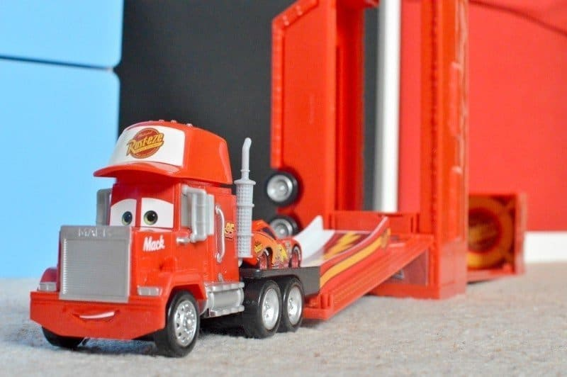 Disney Cars Mack Truck