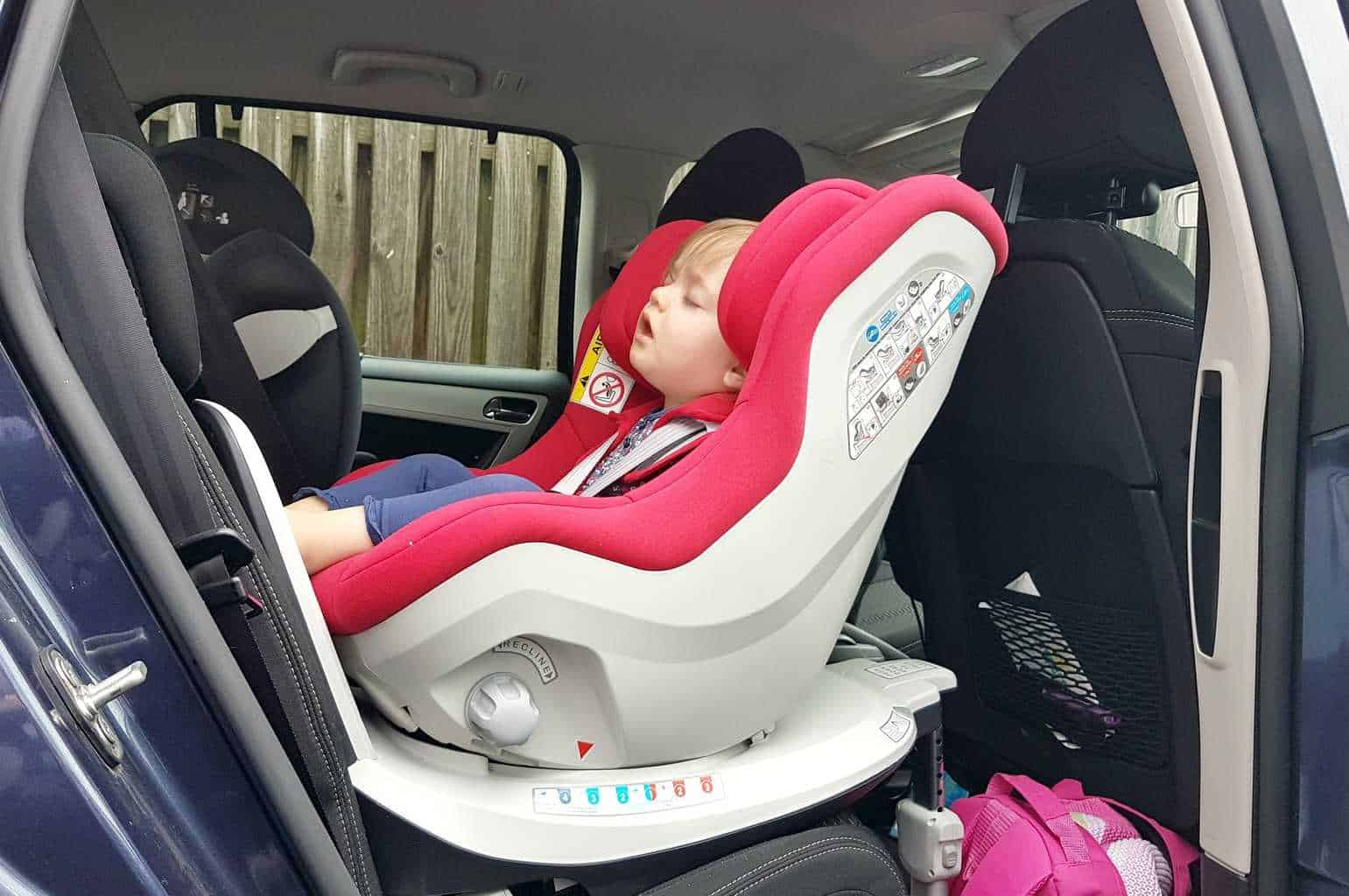 cozy 39 n safe merlin car seat first impressions boo roo and tigger too. Black Bedroom Furniture Sets. Home Design Ideas