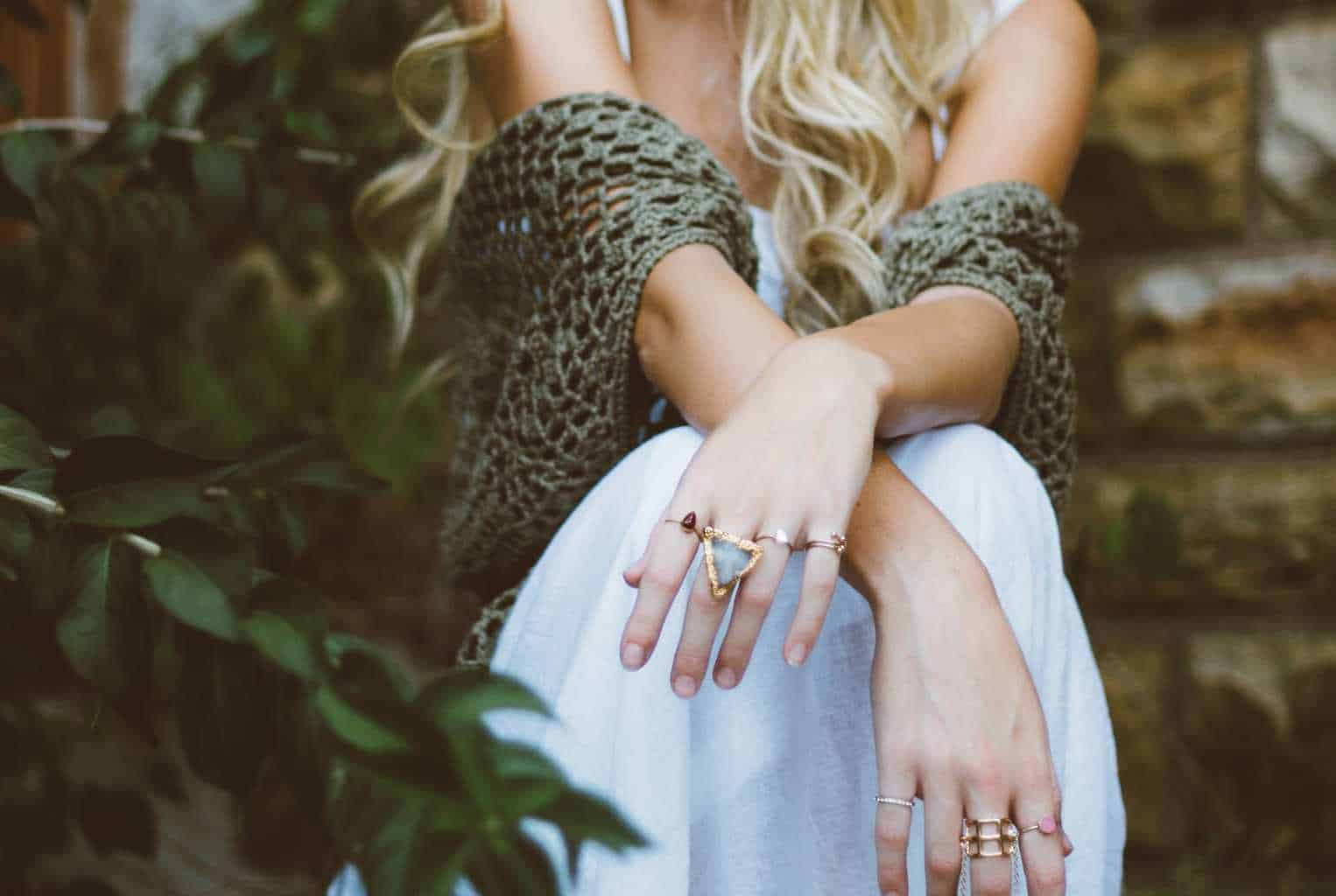 How to make sure you wear the right jewellery with your dress
