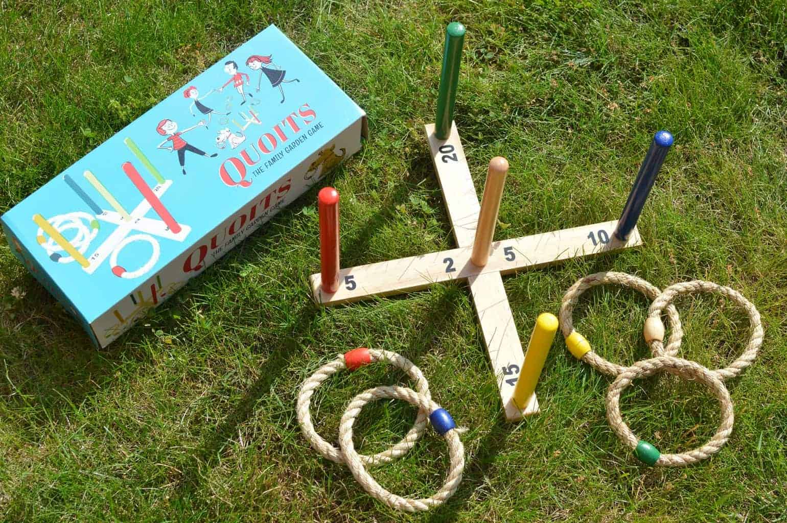 Quoits  // The Family Garden Game
