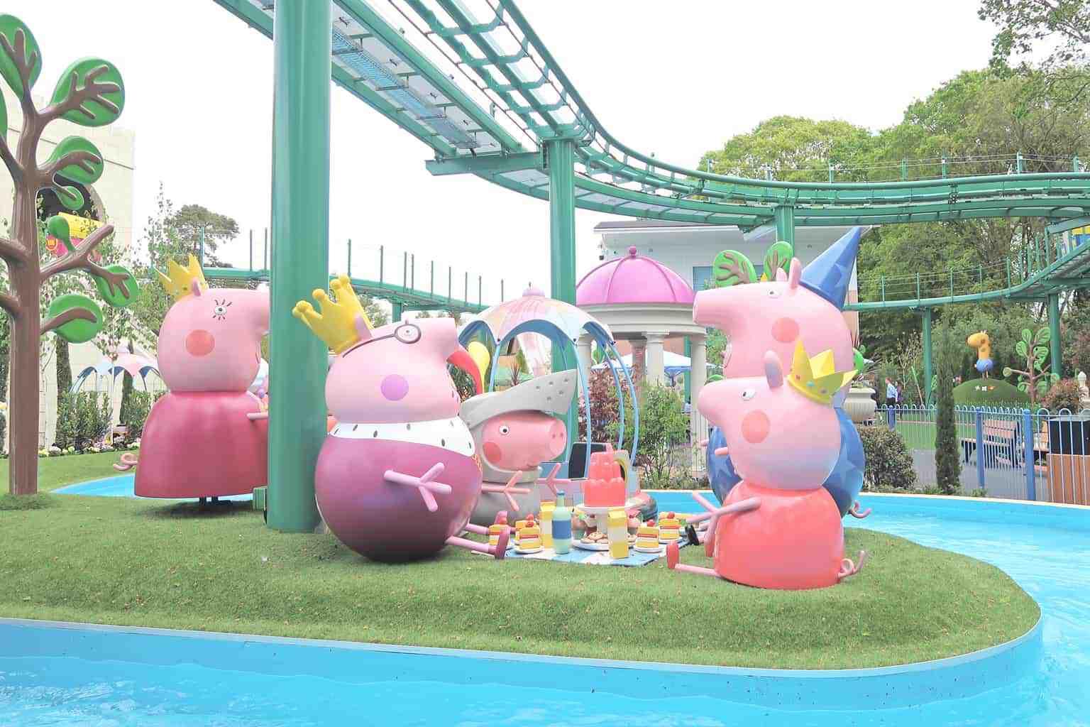 A Royal Invitation To Peppa Pig World Boo Roo And Tigger Too