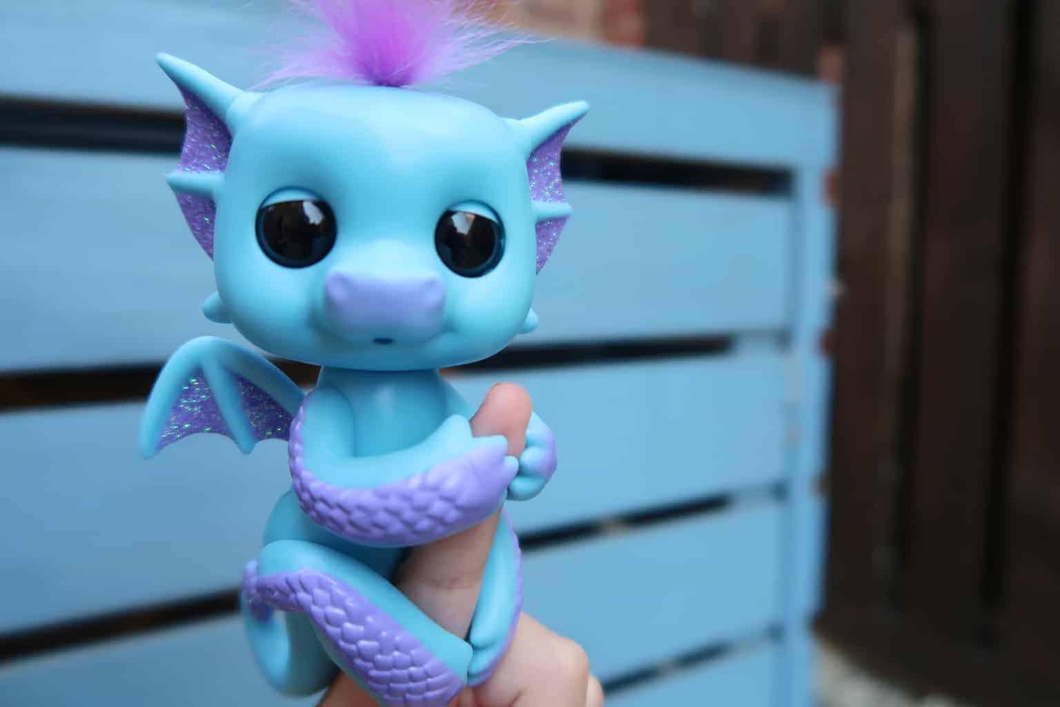 Fingerlings Baby Dragons Tara