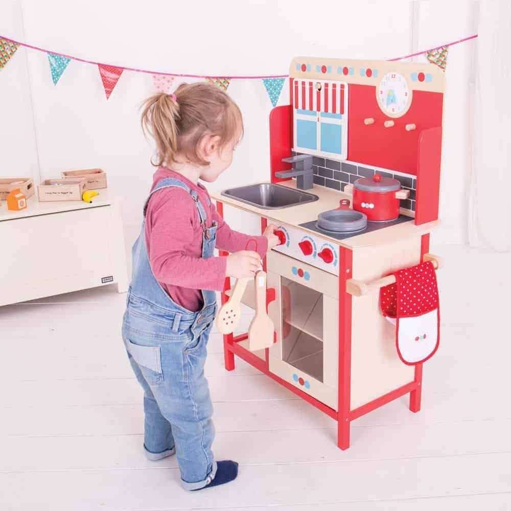 Why you need a Toy Kitchen and how to choose the perfect one