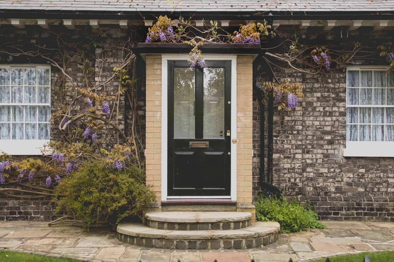 Simple Ways to Give Your Home Curb Appeal