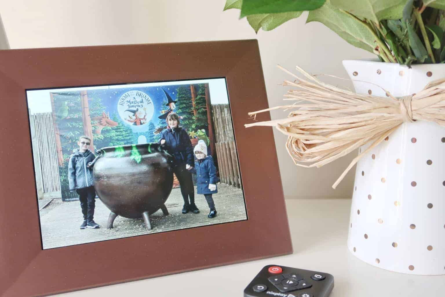 Unlocking my camera feed with the NIXPLAY Iris WiFi Smart Digital Photo Frame [AD-GIFTED] + #Giveaway