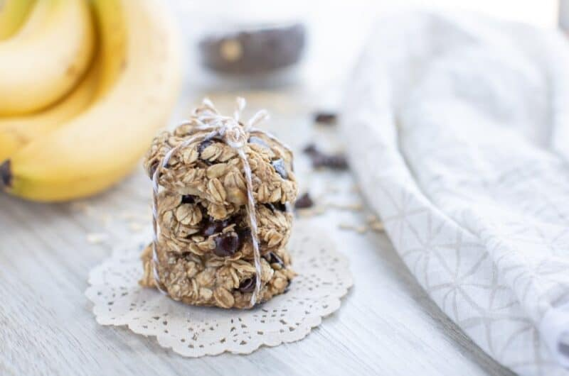 Three Ingredient banana oat cookies recipe