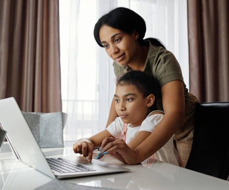 Work Styles That Work Well Around Kids