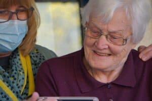 5 Steps to Background Check a Caregiver