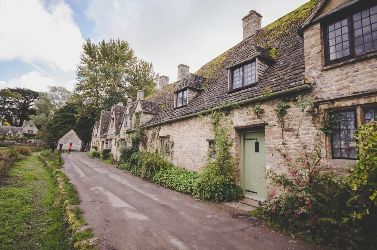 8 must-visit places in the UK - cotswolds