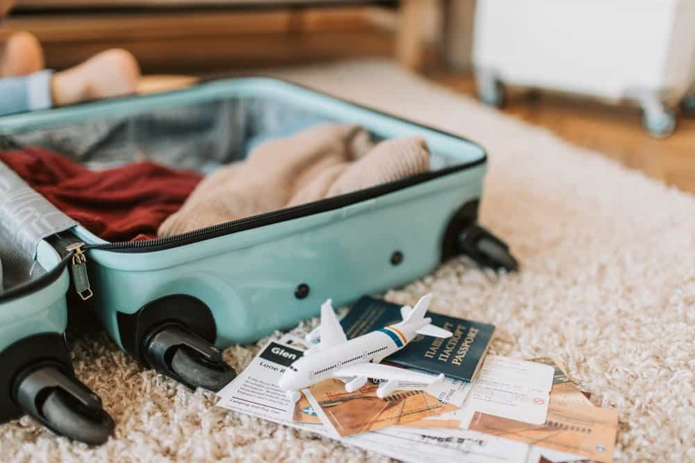 Top 5 Tips for Travelling Light with Kids