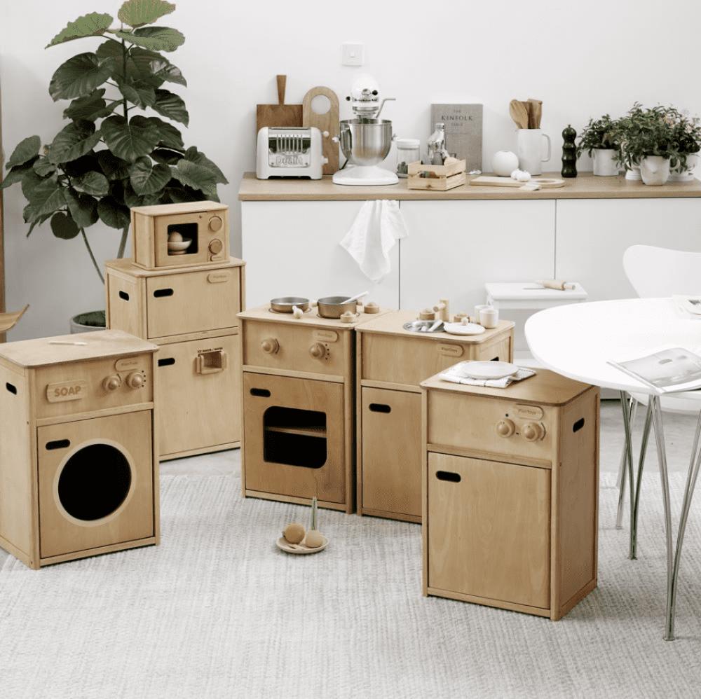 Soren's House - Plan Toys Wooden Toy Washing Machine