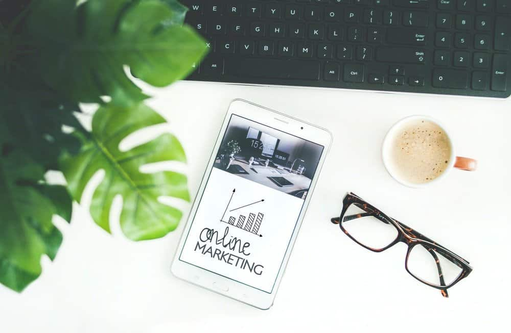 Blogging 101 | 10 Important skills and traits your social media manager will need
